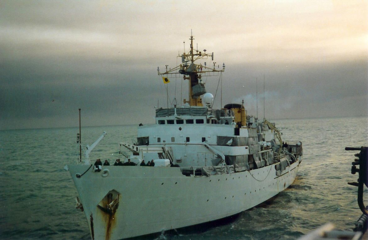 HMS Hecla arrives on station to relieve Herald the Gulf 91