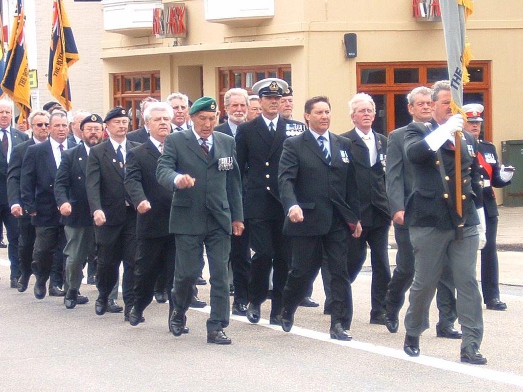 Falkland Vets Platoon @ Fareham Falklands 25 parade