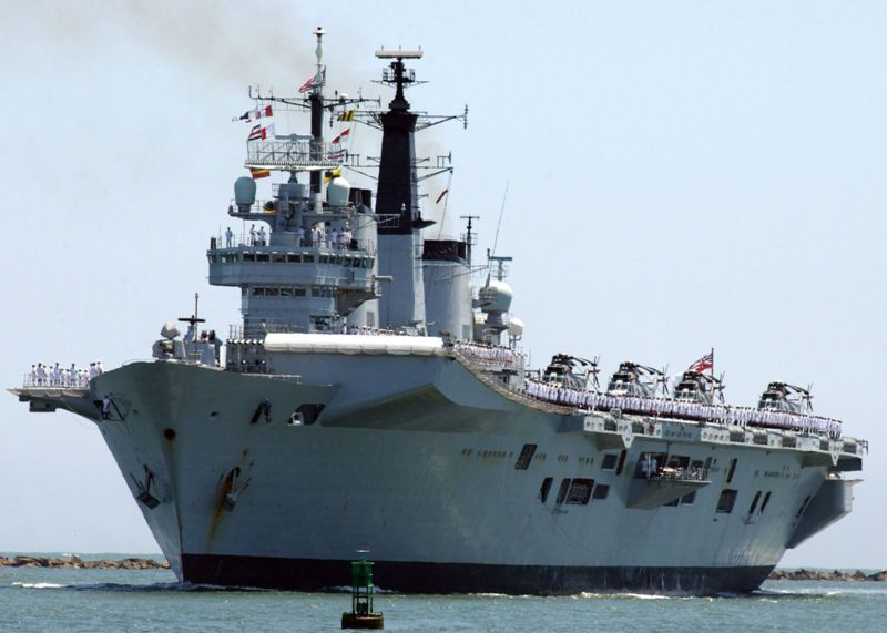 HMS Invincible 90-93