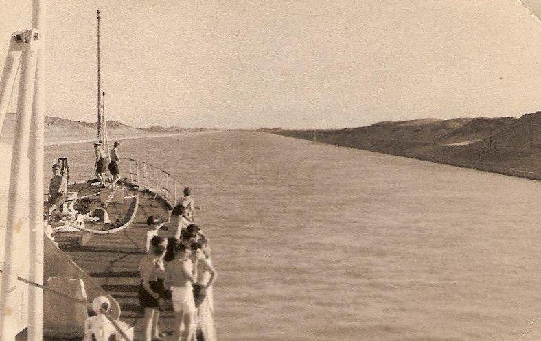 HMS SALISBURY GOING THROUGH THE SUEZ.