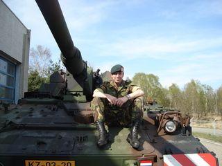 On the PanzerHaubitze2000
