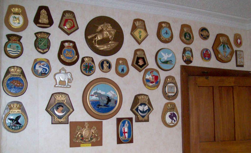 Ships Badges2