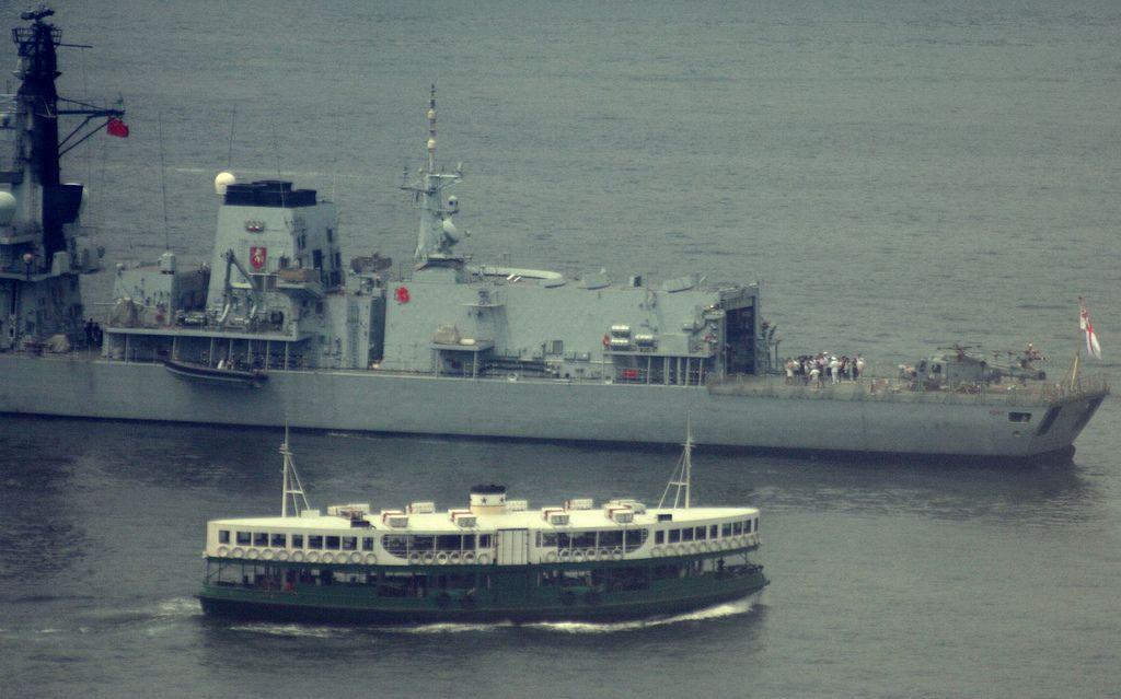 HMS KENT VISITS HONG KONG 2