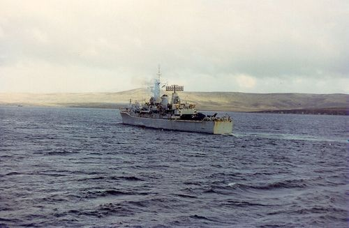 HMS Penelope in Bomb Alley 1982