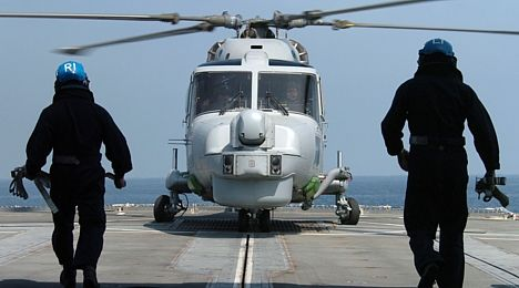 HMS Grafton's Lynx helicopter 20 Feb 2005