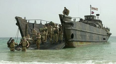 Royal Marines disembark from LCU in Kuwait 26 Feb 03