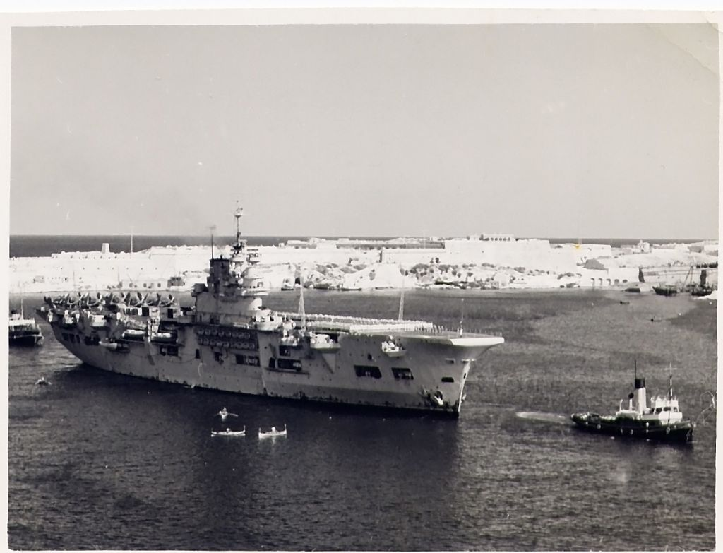 HMS Unicorn, 1949