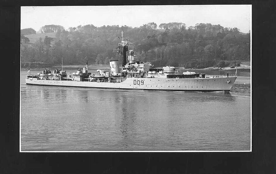 HMS Dunkirk D09