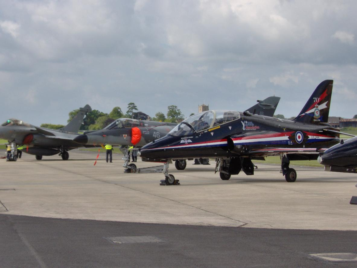 Hawks, Etendard and Rafale