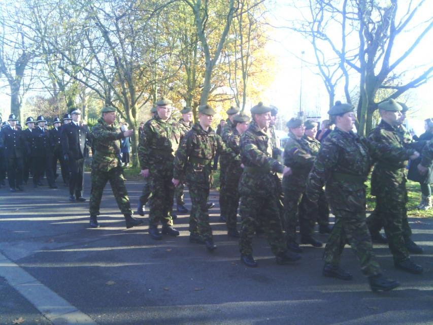 the prade on the move to wards the Memorial